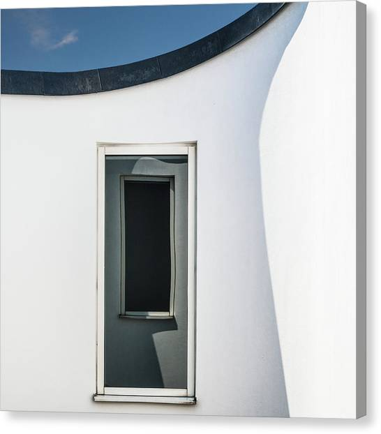 Distort Canvas Print - Window(s) by Luc Vangindertael (lagrange)