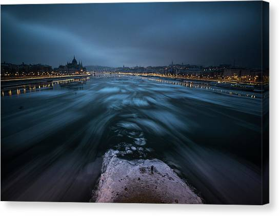 Danube Canvas Print - Winter Morning In Budapest by Bal?zs Luk?csi