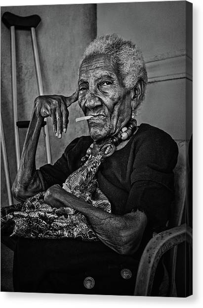 South American Canvas Print - Woman Of Cartagena by Paul Gs