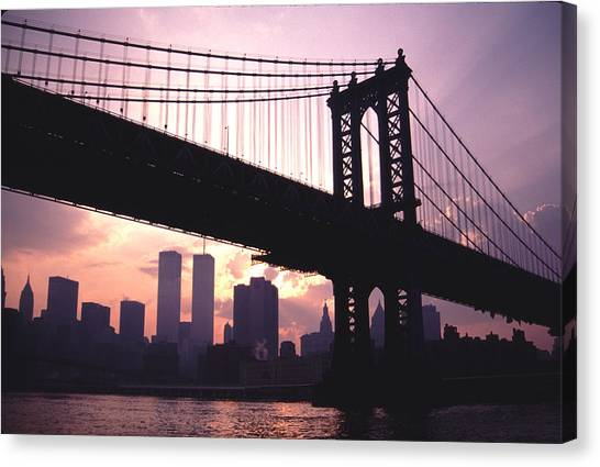 World Trade Towers Manhattan Bridge At Sunset Nyc Canvas Print