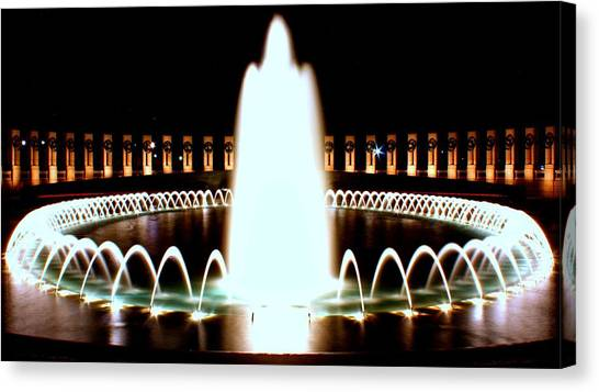 World War II Memorial And Fountain At Night Canvas Print