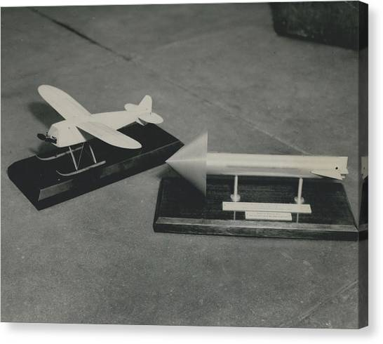 World�s First Guided Missile Control Gear Handed Over To Canvas Print by Retro Images Archive