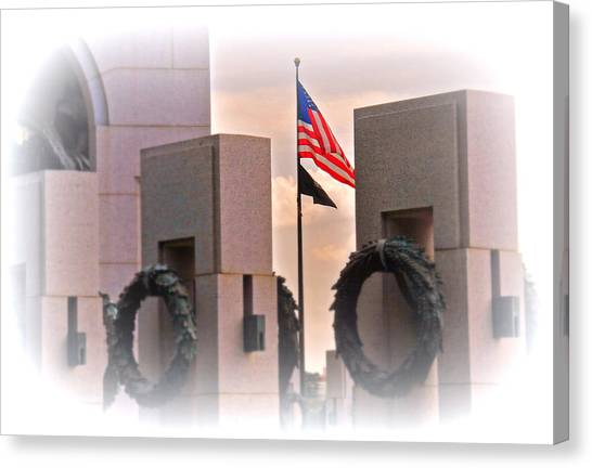 Ww II Memorial  Canvas Print