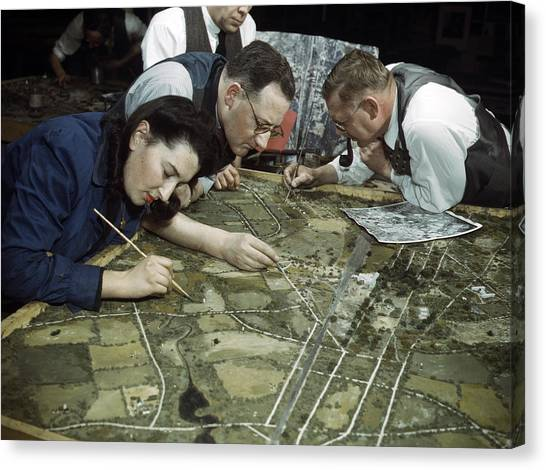New York University Canvas Print - Wwii Camouflage Class, 1943 by Granger