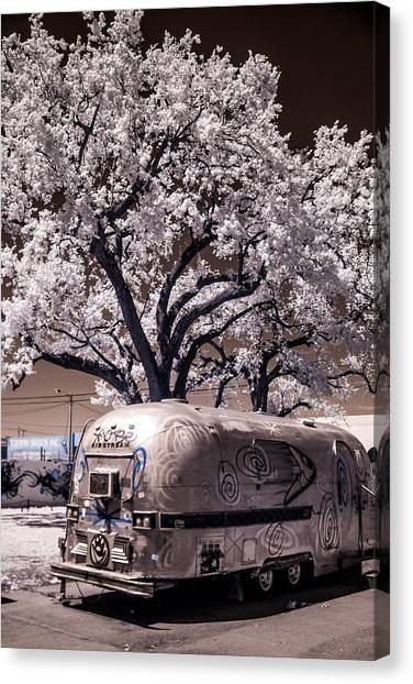 Wynwood Rv Canvas Print
