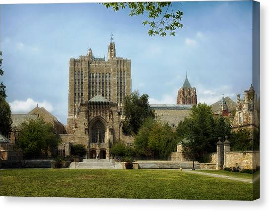 Yale University Canvas Print - Yale University Campus by Mountain Dreams
