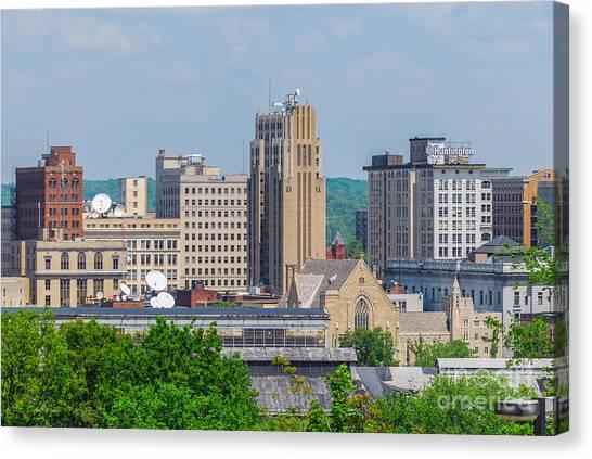 D39u-2 Youngstown Ohio Skyline Photo Canvas Print