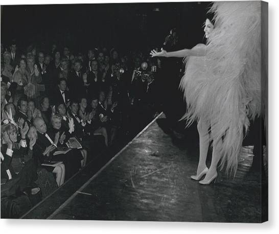 Zizi Jea Nmaire Stars In Olympia Show Canvas Print by Retro Images Archive