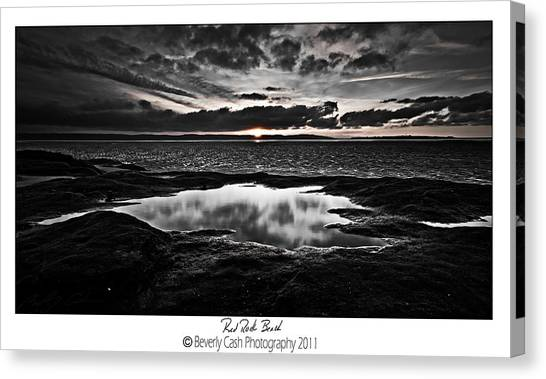 Red Rock Beach   Canvas Print