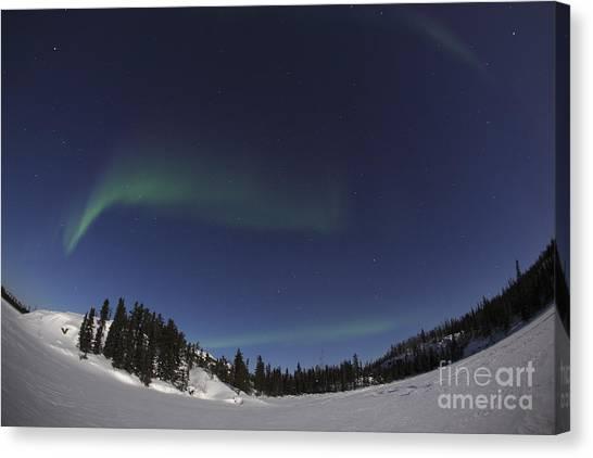 Northwest Territories Canvas Print - Aurora Over Vee Lake, Yellowknife by Yuichi Takasaka