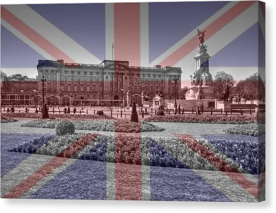 Buckingham Palace London Canvas Print by David French