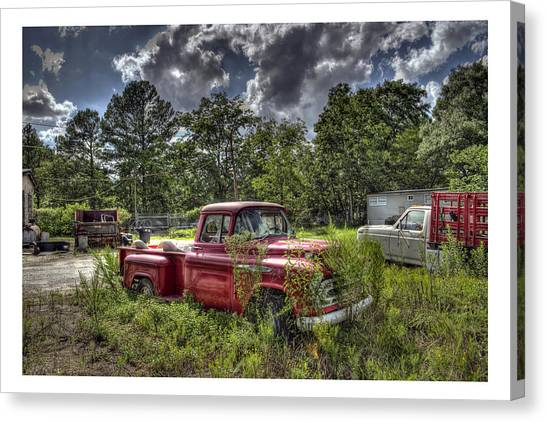 Chevrolet 3200 Canvas Print by Alice Link