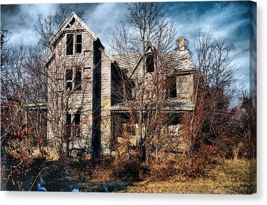 House In Ruins Canvas Print