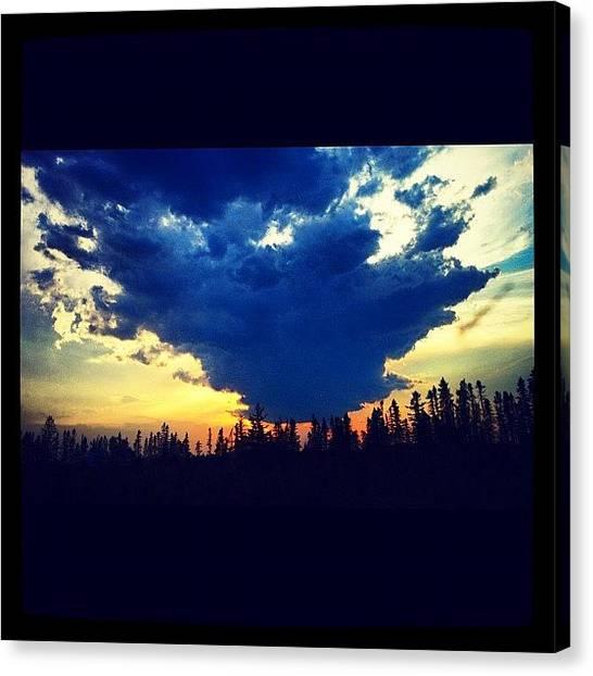 Lake Sunrises Canvas Print - #instagramers #webstagram #instagramhub by Isabel Poulin