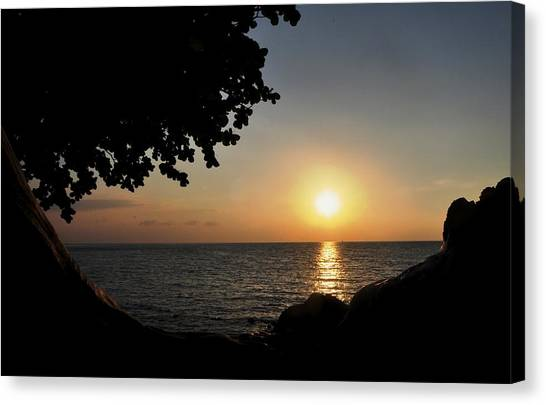 Kona Sunset II Canvas Print by Danielle Del Prado