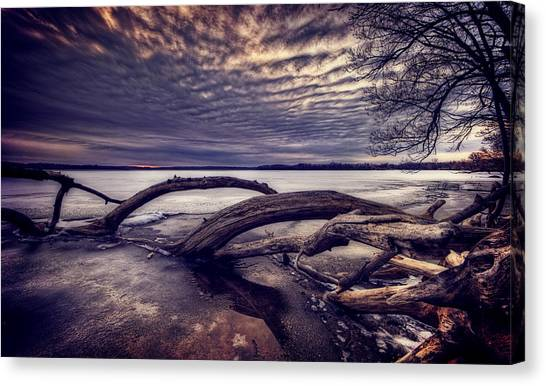 Lake Sunsets Canvas Print - Lake Neatahwanta by Everet Regal
