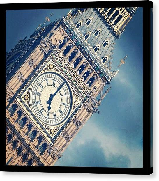 Big Ben Canvas Print - London by Daniel Kocian