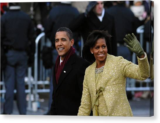 Bswh052011 Canvas Print - President And Michelle Obama Wave by Everett
