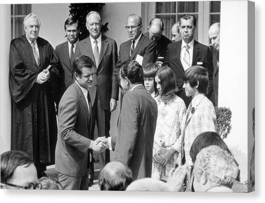 President Nixon Shaking Hands Canvas Print by Everett