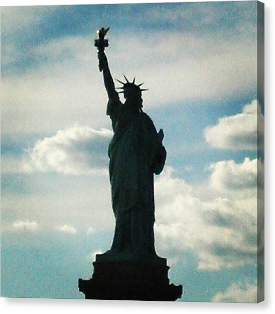 Statue Of Liberty Canvas Print - Statue Of Liberty by Oliver Wintermantel