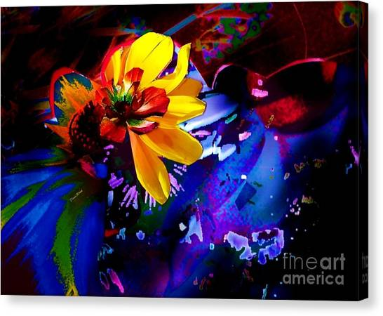 Yellow Flower Canvas Print by Doris Wood