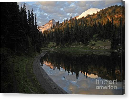 #12-4 Sunrise Mt Rainier Canvas Print