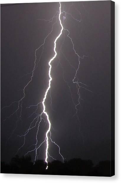 Lightning  Canvas Print by Vonda Barnett