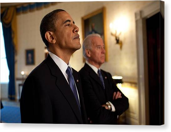 Bswh052011 Canvas Print - President Obama And Vp Biden by Everett