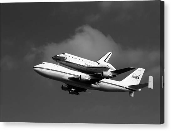 Shuttle Endeavour Canvas Print