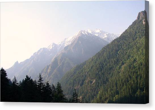 Splendors Of Himalayas Canvas Print by Anand Swaroop Manchiraju