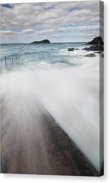 North Berwick Canvas Print by Keith Thorburn LRPS AFIAP CPAGB