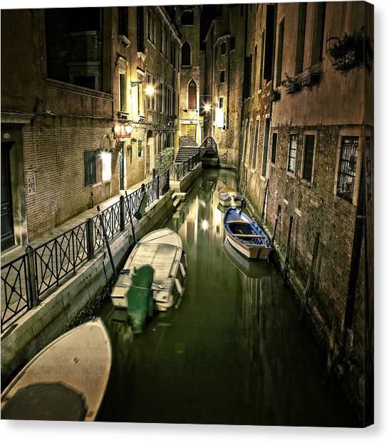 Gates Canvas Print - Venezia by Joana Kruse