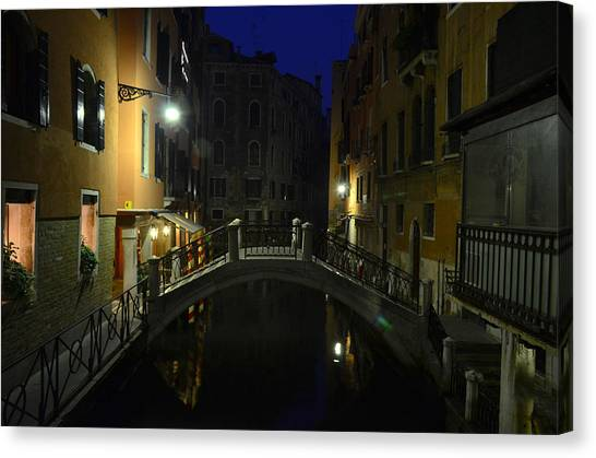 Morning In Venice Canvas Print