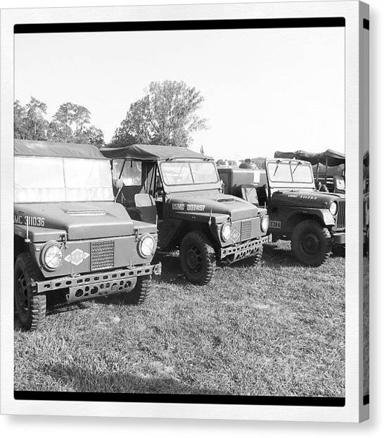 Jeep Canvas Print - Instagram Photo by  Abril Andrade Griffith