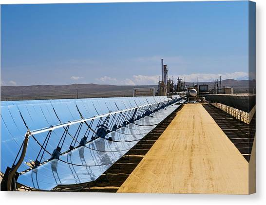 Solar Power Plant, California, Usa Canvas Print by David Nunuk