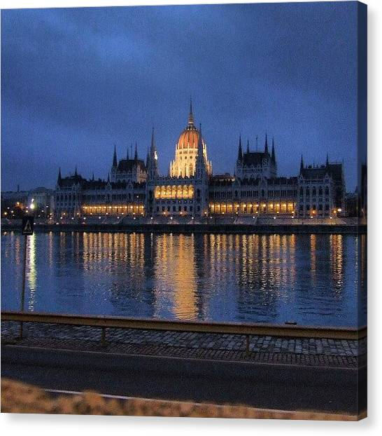 Parliament Canvas Print - Instagram Photo by Perlaki Peter