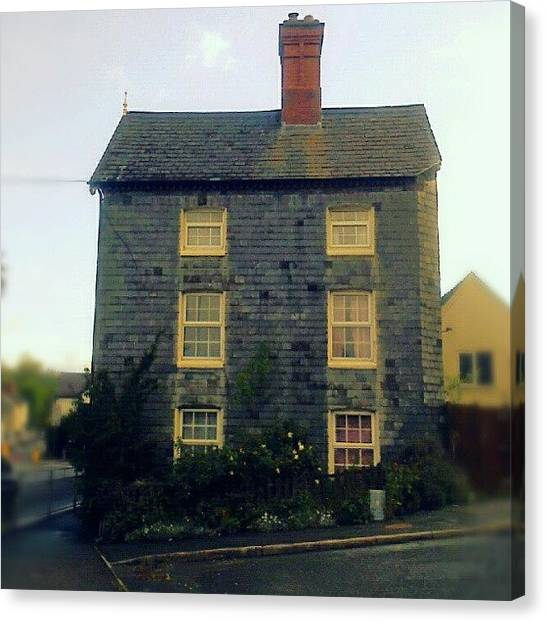 Victorian Canvas Print - A #slate -covered #house In #newtown by Alexandra Cook