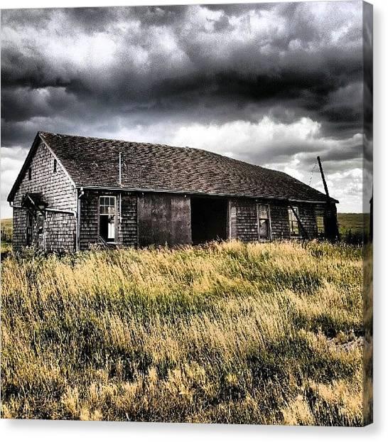 Saskatchewan Canvas Print - #abandoned #farm Near #melville by Michael Squier