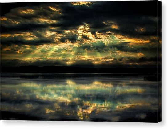 After The Storm Canvas Print by Gary Smith