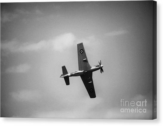 Air Show 1 Canvas Print by Darcy Evans