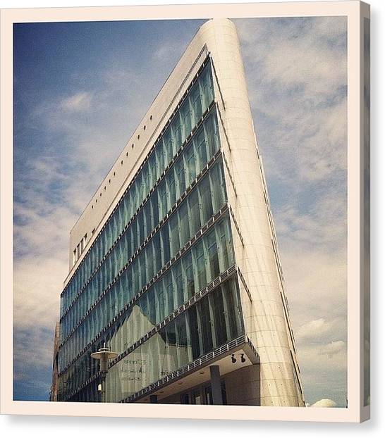 Triangles Canvas Print - Allet Neu Hier... #berlin #architecture by Valnowy Photography