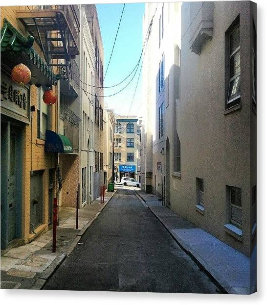 Canvas Print - Alley In Chinatown by Pablo Picasso