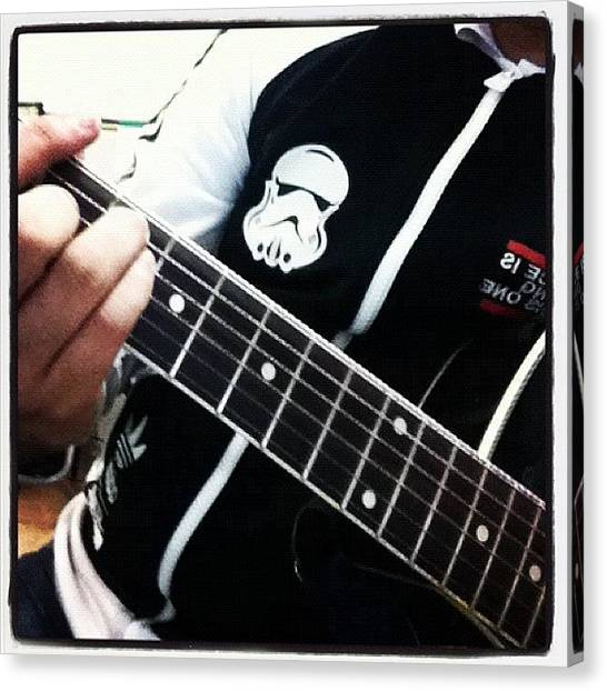 Stormtrooper Canvas Print - Almoço Musical by Guilherme Lopes