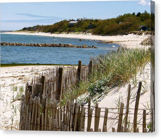 Along The Shoreline Of Brewster Beach Canvas Print