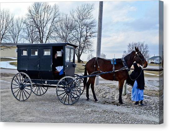 Amish Women Canvas Print by Brenda Becker
