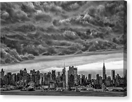 Thunderclouds Canvas Print - Angry Skies Over Nyc by Susan Candelario