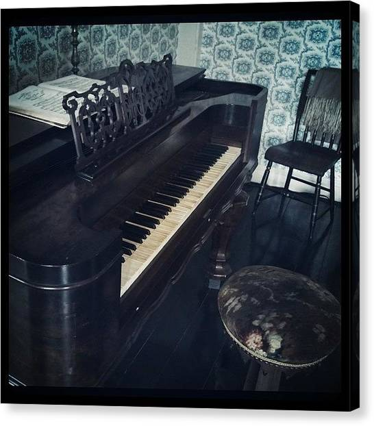 Ford Canvas Print - Antique Piano by Tony Yu