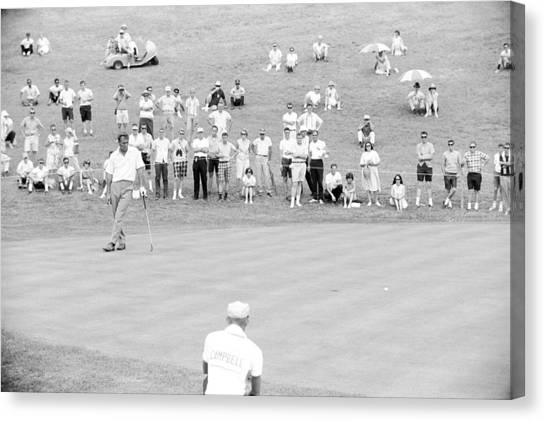 Arnold Palmer Waits At 1964 Us Open At Congressional Country Club Canvas Print by Jan W Faul