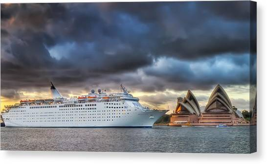 Arrival Of Gloom Canvas Print