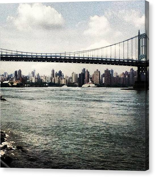 Canvas Print - Astoria Park View by Anthony Chin